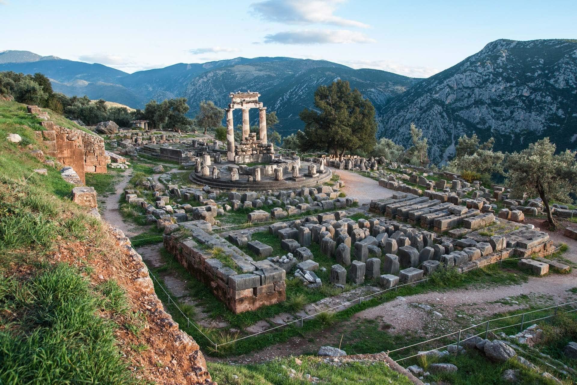 Oracle of Delphi - A magical place to cycle - Gr Cycling